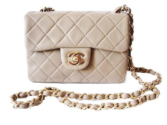 Chanel+flap+bag.jpg (550×413)