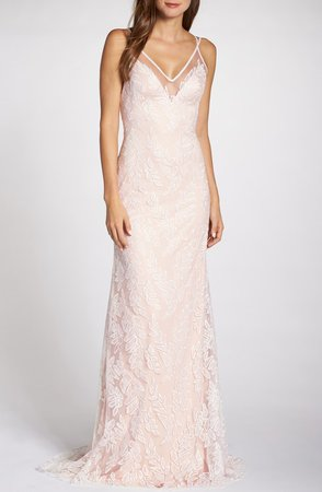 Lace Applique V-Neck Tulle Wedding Dress