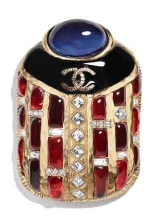 chanel scarabée broche