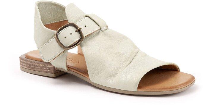 Ava Buckle Sandal