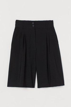 Wide-leg Bermuda Shorts - Black