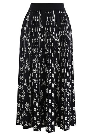 Floret Pleated Knit Midi Skirt in Black - Retro, Indie and Unique Fashion