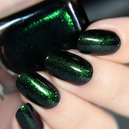 Emerald Green Shimmer Nails
