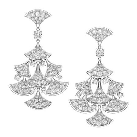 DIVAS' DREAM earrings in white gold, set with a diamond and full pavé diamonds