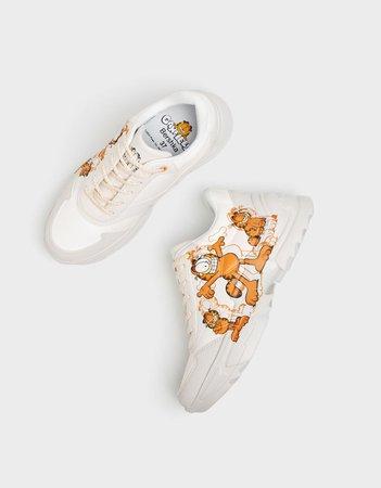 Garfield & Bershka sneakers - New - Bershka United States