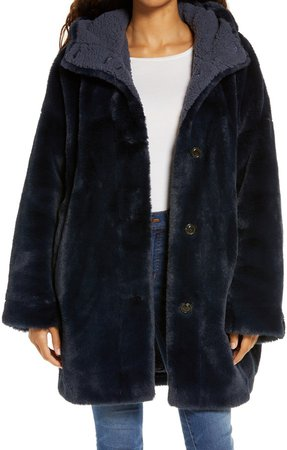 Nori Oversize Faux Fur Coat