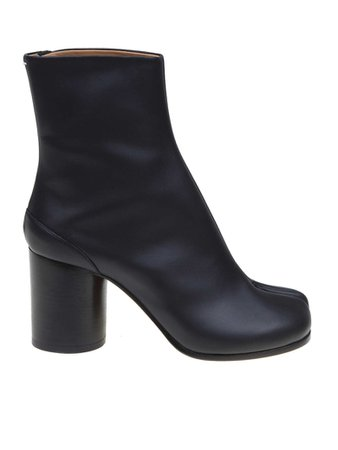 Maison Margiela Maison Margiela Tabi Ankle Boots In Black Leather - Black - 11164877 | italist