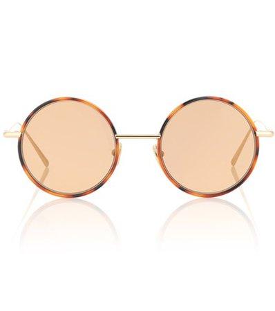 Scientist round sunglasses