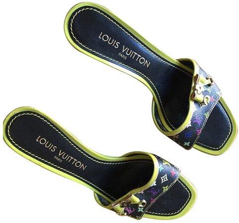 Green Cloth Sandals
