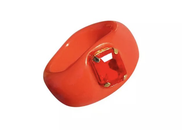 red chunky ring