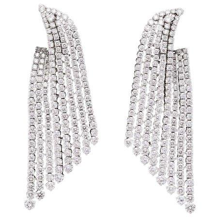 Diamond Dangle Earrings For Sale at 1stdibs