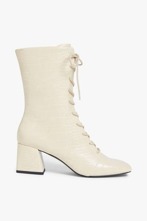 Lace up boot - Cream - Boots - Monki WW