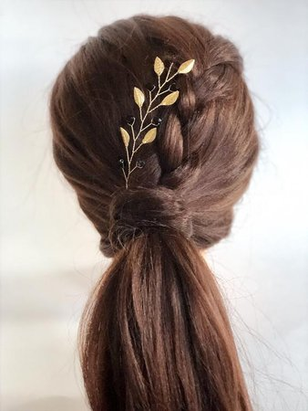 floral gold hairpin