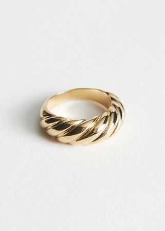 Twisted Sphere Ring - Gold - Rings - & Other Stories