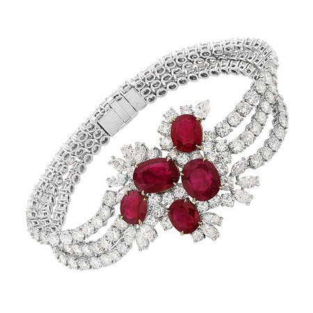18 Karat White and Yellow Gold Diamond and Ruby Tennis Bracelet For Sale at 1stDibs