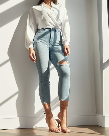 Super High Waisted Ripped Curvy Mom Jeans