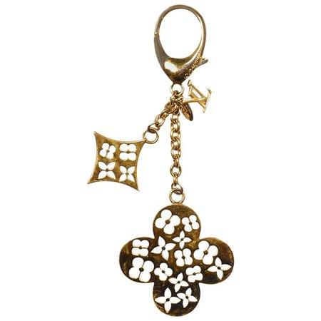 Louis Vuitton Goldtone Cutout Fleur Ivy Bag Charm/Key Chain For Sale at 1stdibs