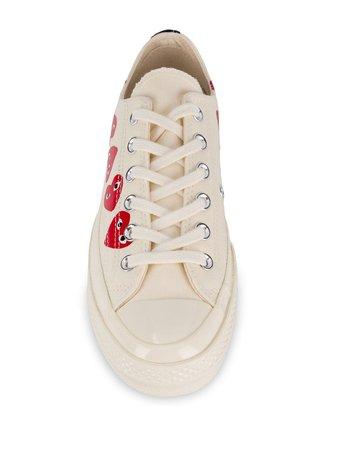 Comme Des Garçons Play X Converse Chuck Taylor Sneakers UAZK117 White | Farfetch