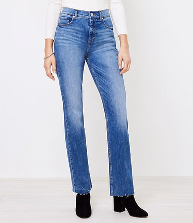Petite Relaxed Straight Jeans in Classic Mid Vintage Wash