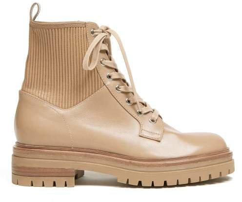 Martins Trek Sole Leather Ankle Boots - Womens - Nude