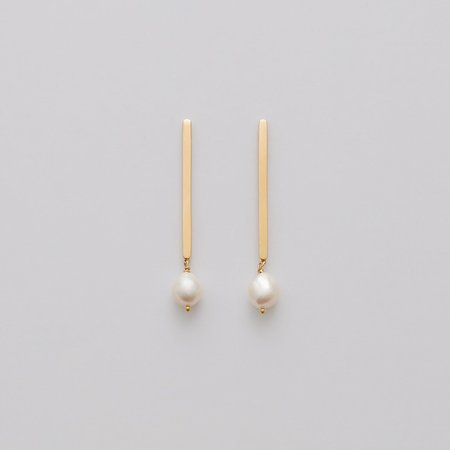 Pearl Drop Earrings | Cuyana