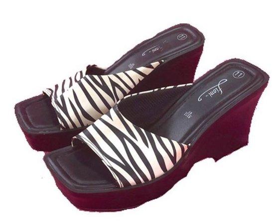 zebra wedges