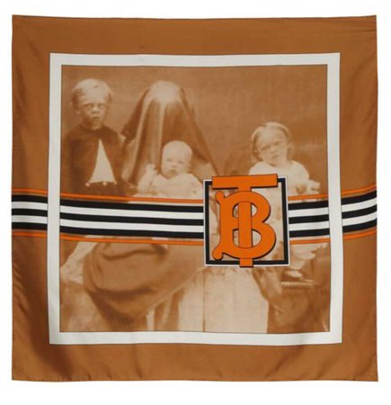 Burberry portrait scarf