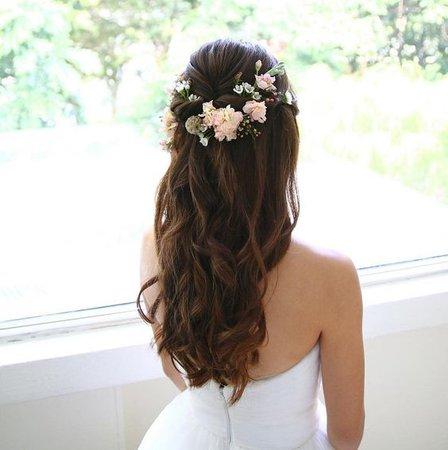 Flower hair half up