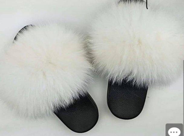 white faux fur slides