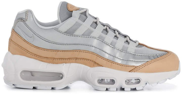 95 SE sneakers