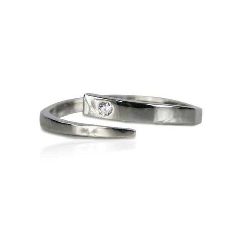 Rings | Shop Women's Silver Zircon Ring at Fashiontage | R9001