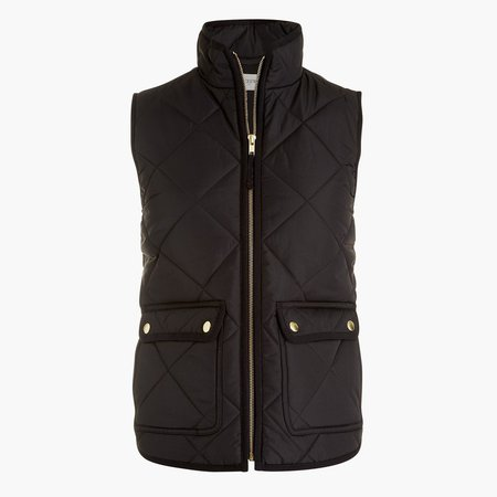 Puffer vest with snap pockets