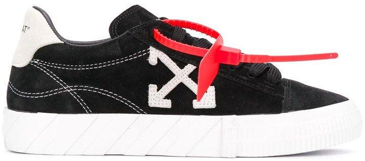 Arrow vulcanized low-top sneakers