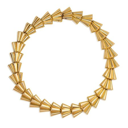 gold scalloped link necklace