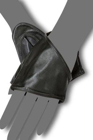 Dina – Gaspar Gloves