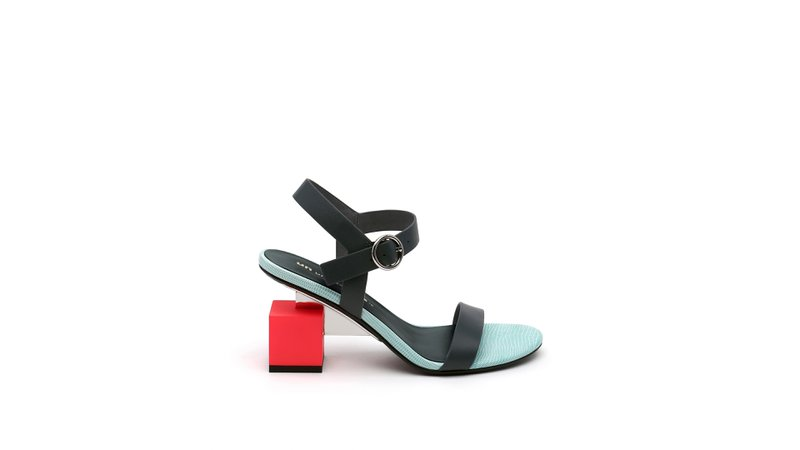 Cube heel Sandal