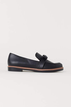 Loafers with Bow - Black