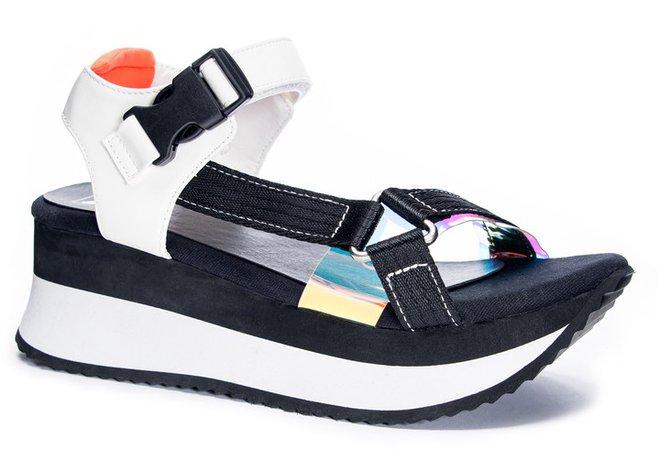 Gleam Platform Sandal