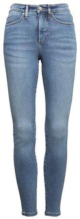 Petite High-Rise Legging-Fit Luxe Sculpt Light Wash Ankle Jean