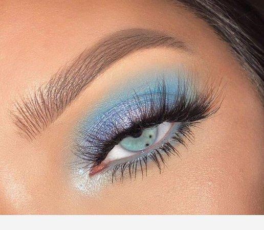 Light Blue Eyeshadow 💎