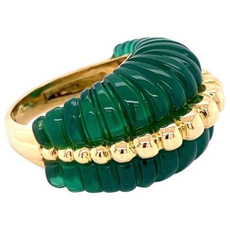 Vintage Carved Fluted Green Quartz Gold Dome Cocktail Ring