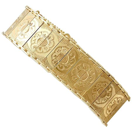 1960s Vintage Yellow Gold Bracelet For Sale at 1stDibs