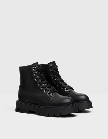 LEATHER platform boots - Shoes - Woman | Bershka