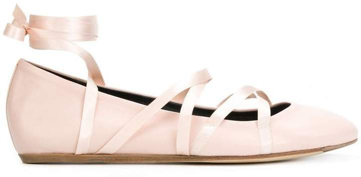 lace-up ballerina shoes
