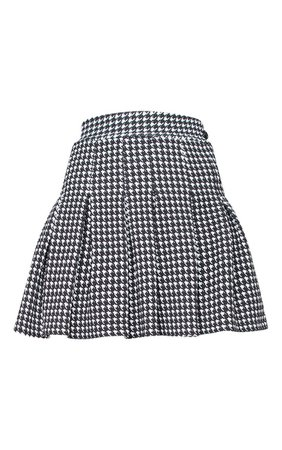 Black Dogtooth Pleated Side Split Tennis Mini Skirt | PrettyLittleThing USA
