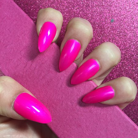 Pink nails (NEON)
