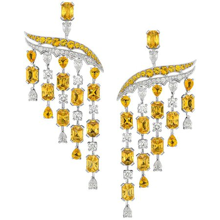 18 Karat White Gold, White Diamonds and Yellow Sapphires Chandelier Earrings For Sale at 1stDibs