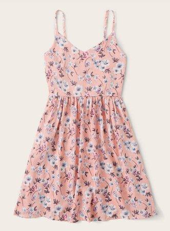 SHEIN Ditsy Floral Print Cami Dress (Mchelsd29)