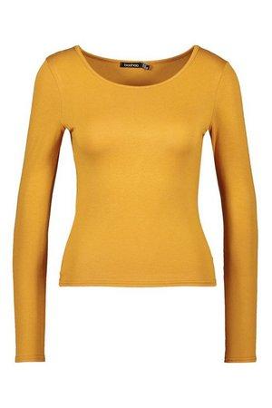 Basic Round Neck Long Sleeve Top | Boohoo