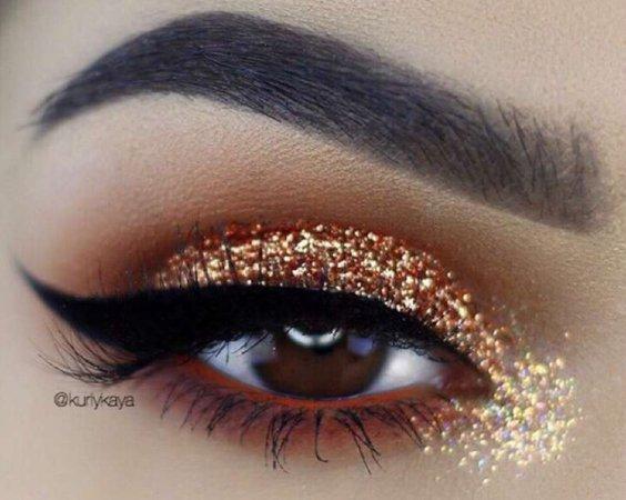 light brown sprinkle eyeshadow